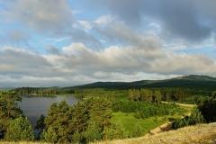 Озеро и гора Сугомак
