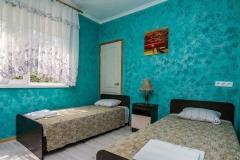 Спальни в коттедже в Лазаревском