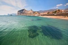 Судак, вид на пляж и крепость