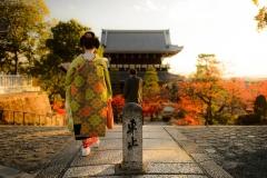150726180809-kyoto-guide-1-super-169