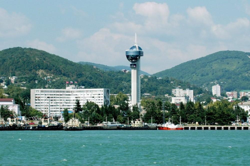 фото с маяком в Туапсе