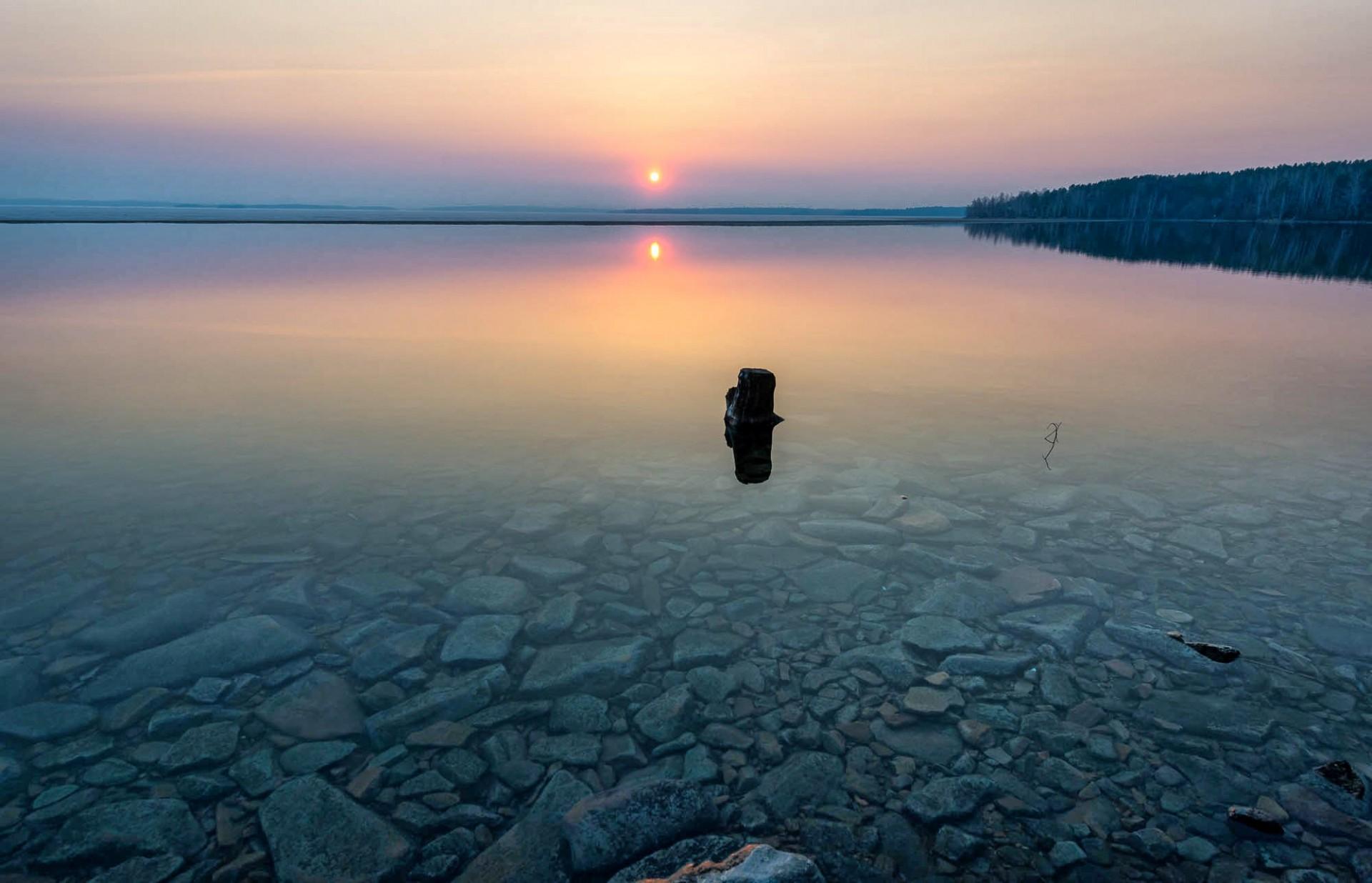 фото с озером на закате